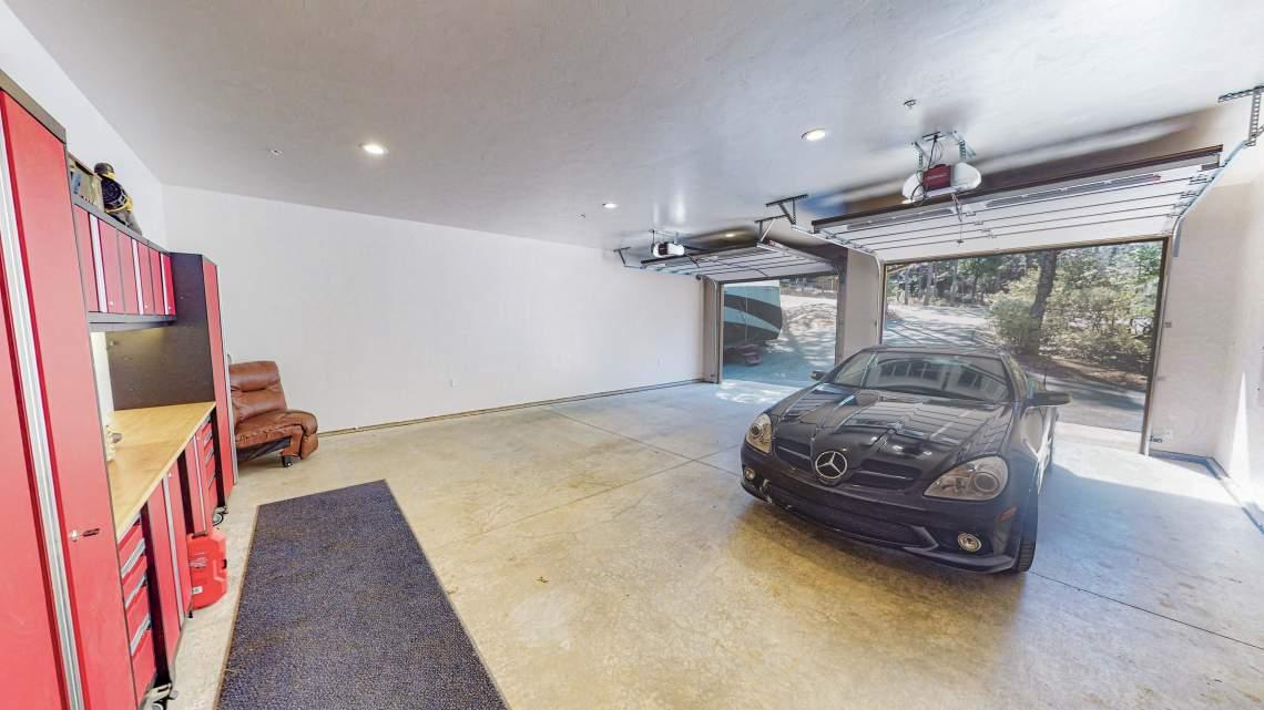 East-Garage-1