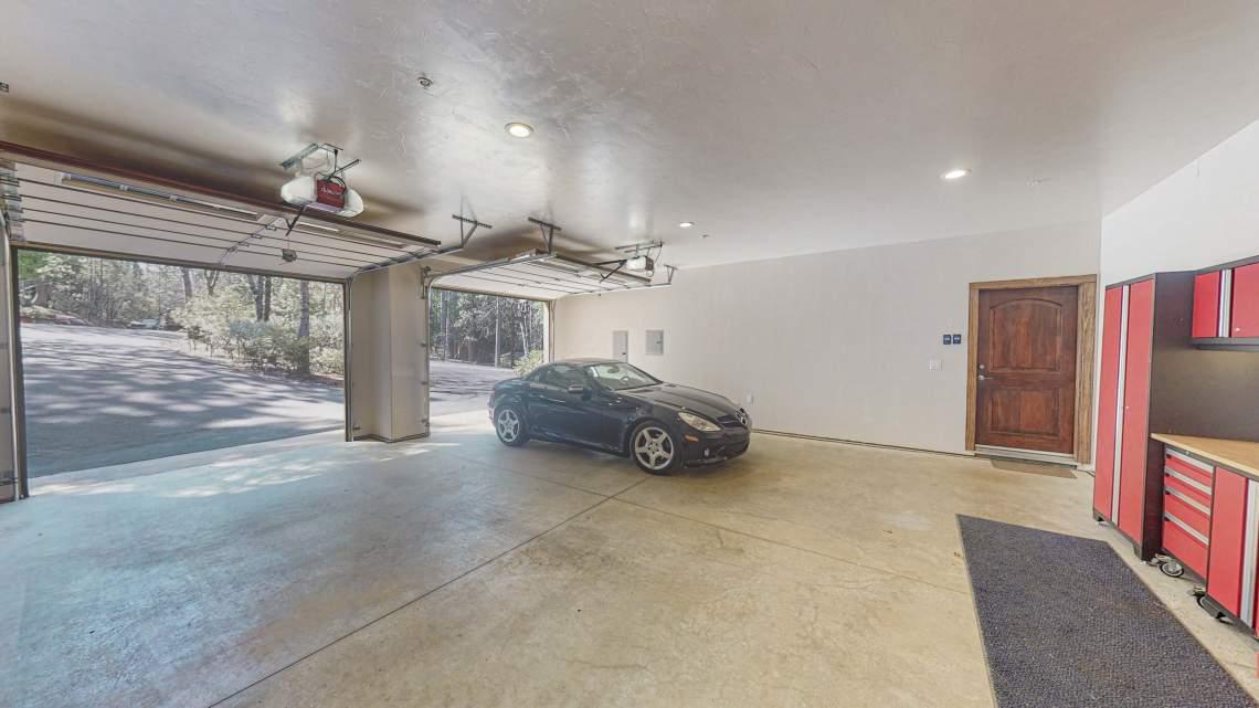 East-Garage-2