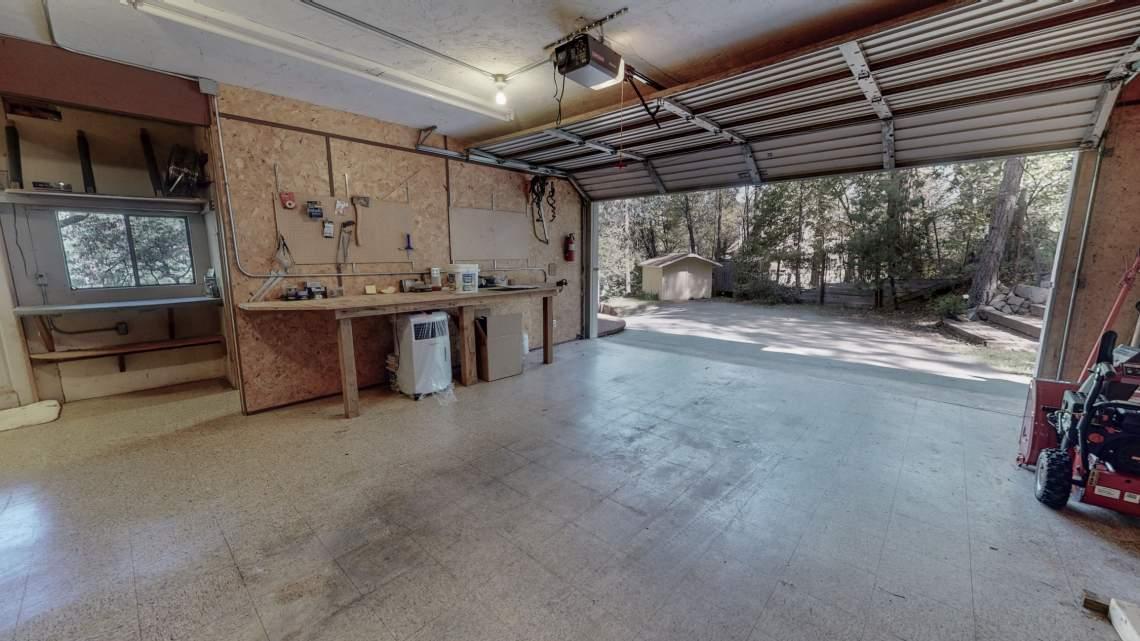 Awahanee-Garage-facing-out