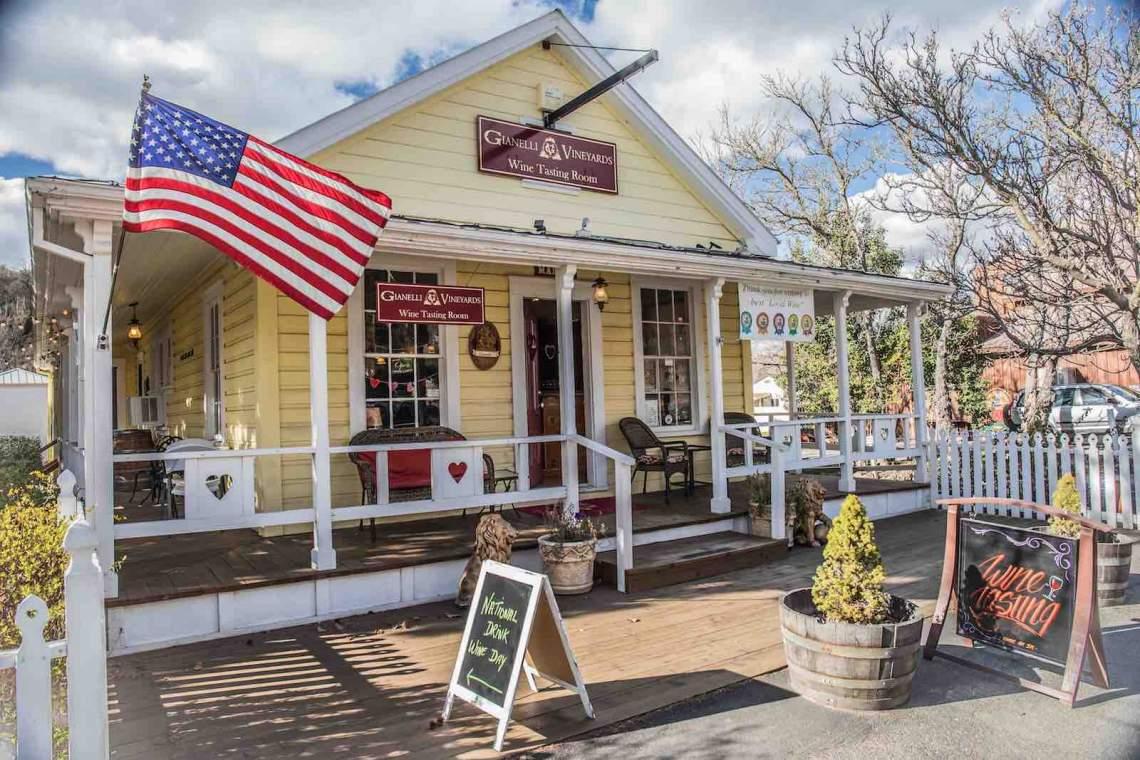 Jamestown, Gianneli tasting Room