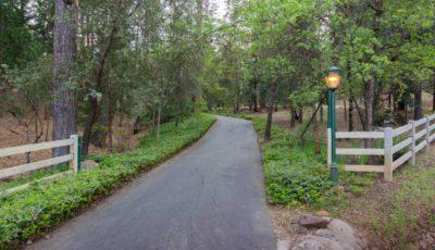 Golden K Driveway